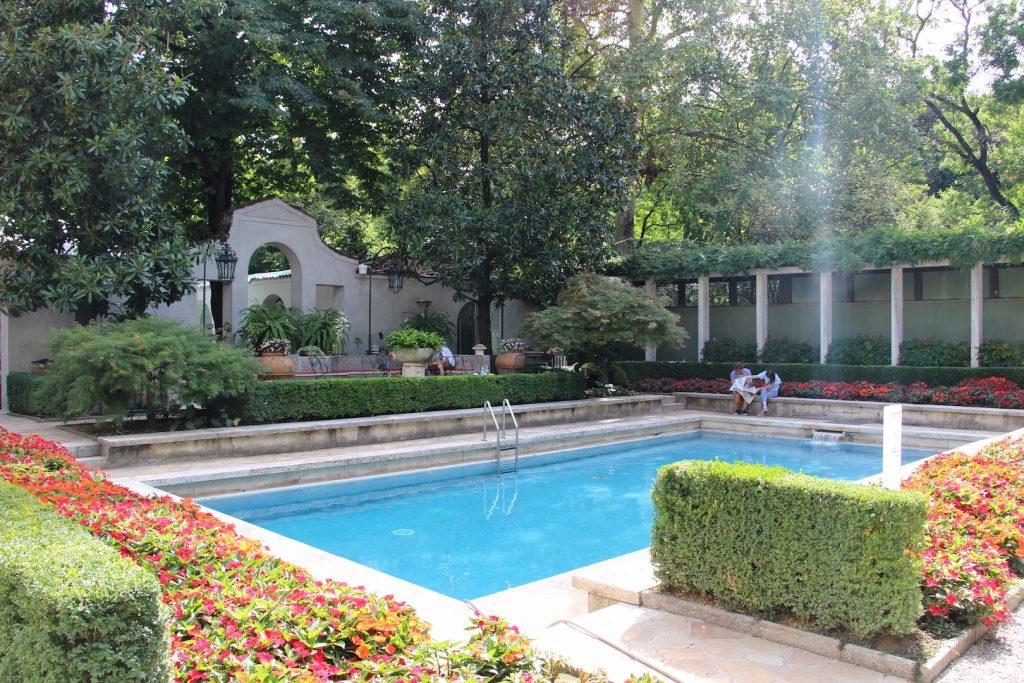 piscina villa necchi campiglio
