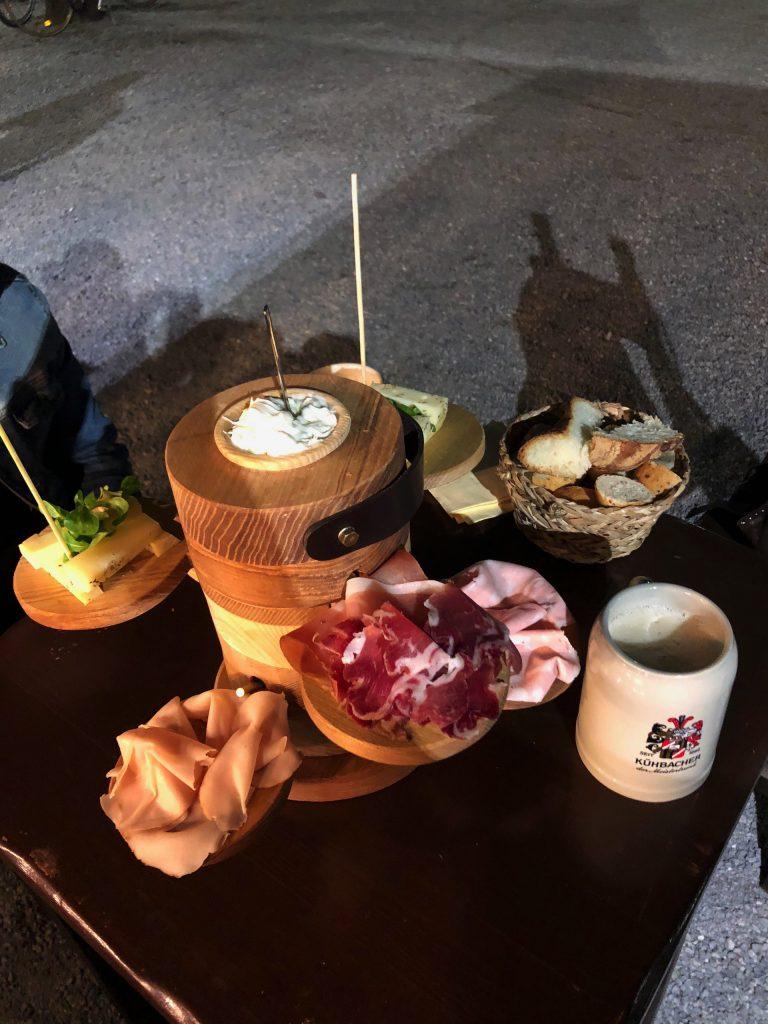 aperitivo con tagliere a milano cheese park