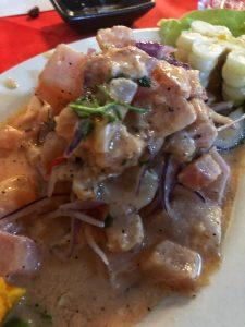 ceviche de pescado criollo