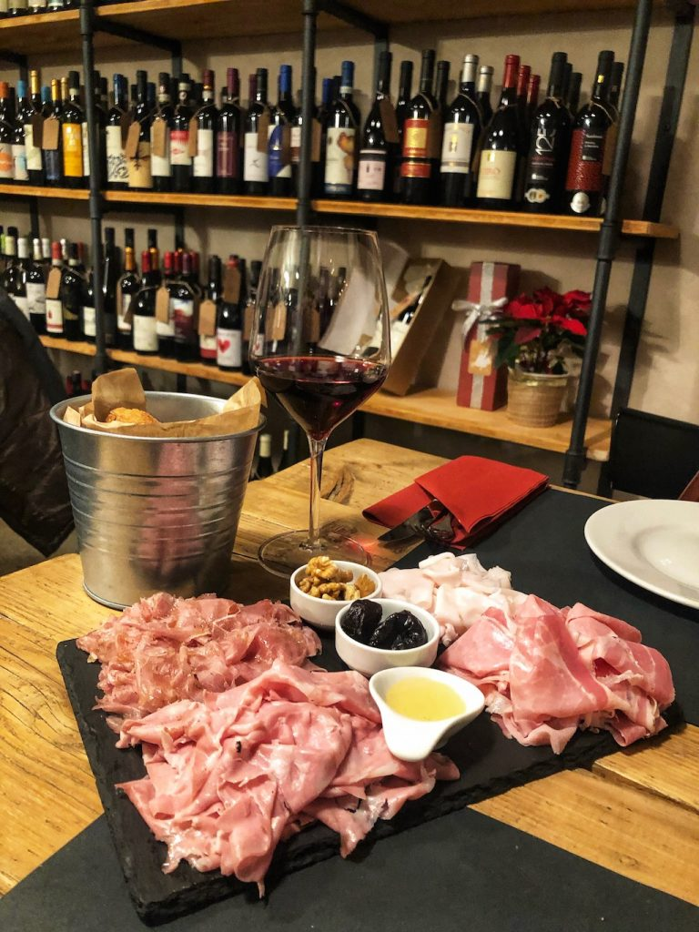 Enoteche nuove a Milano: la Sala del Vino