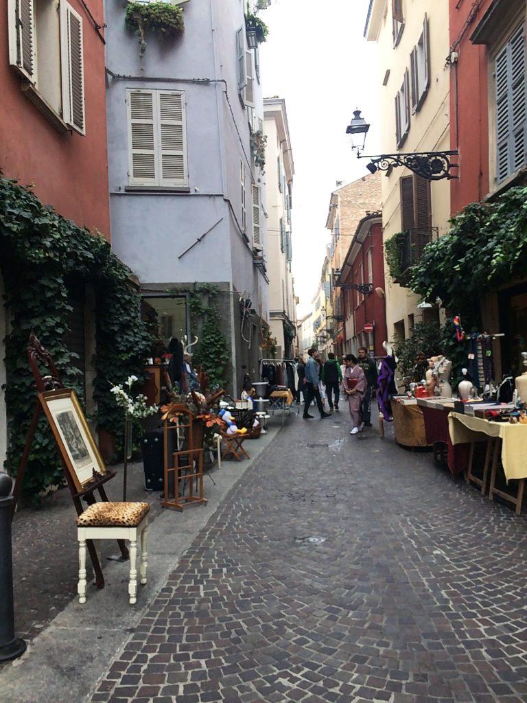dove fare shopping a Parma