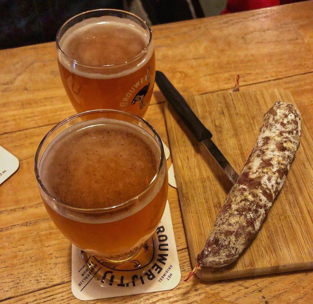 guida di Amsterdam: birra e salame da Brouwerij 'T Ij