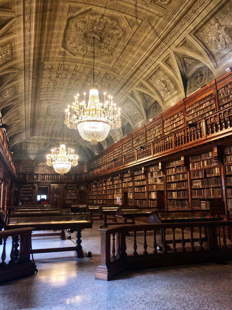 Una giornata romantica a Milano per San Valentino: Biblioteca Braidense Milano