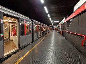 cosa significano i nomi delle fermate della metropolitana rossa di Milano?