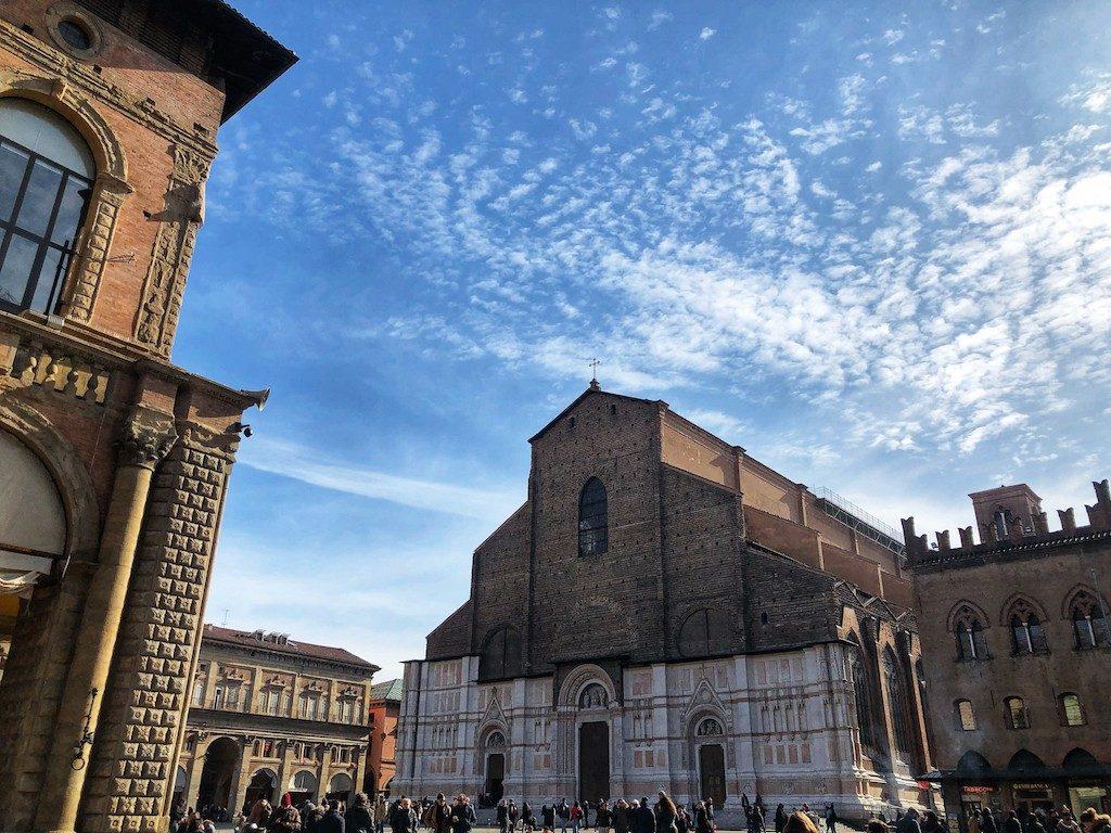 Cosa vedere a Bologna: Piazza Maggiore