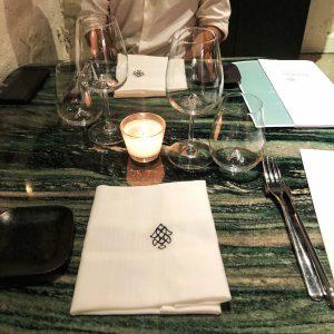 Fishion Restaurant: il tavolo