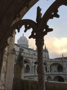 La veduta dal chiostro del Mosteiro dos Jeronimos
