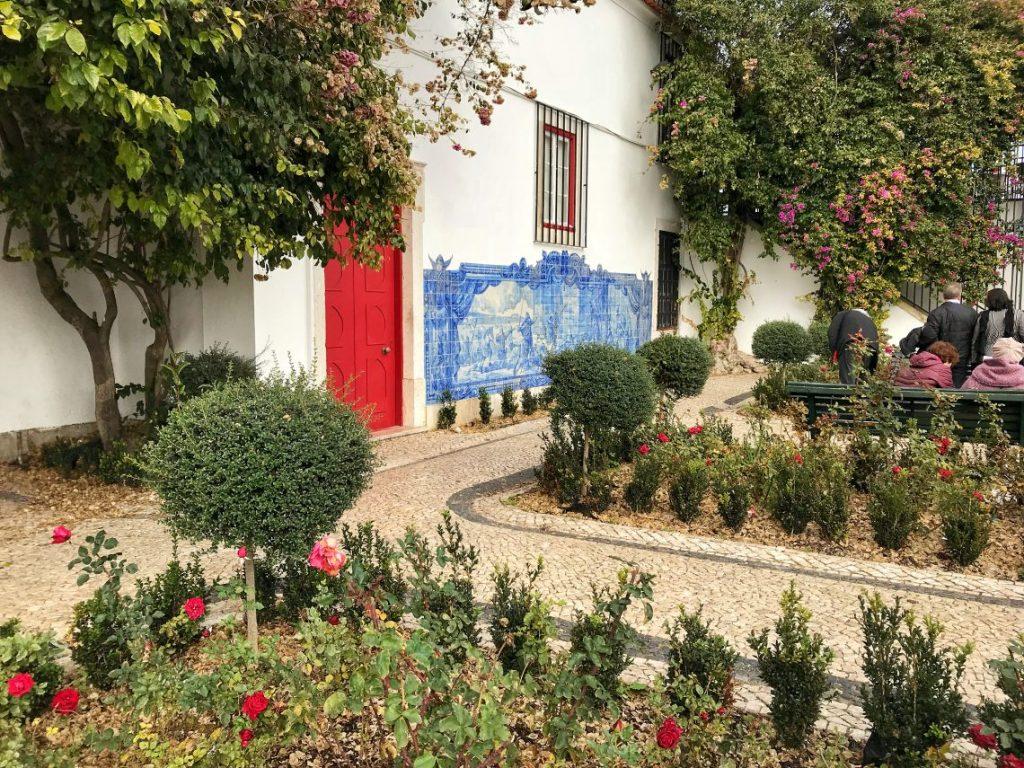 Gli azulejos del Miradouro Santa Luzia