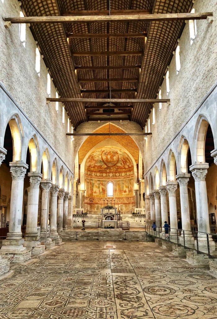 Aquileia - L'interno della Basilica Patriarcale