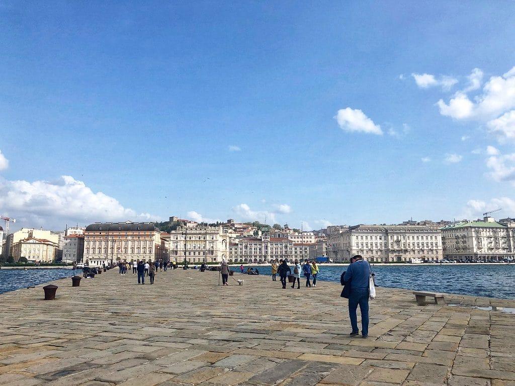 Cosa vedere a Trieste: La vista dal Molo Audac