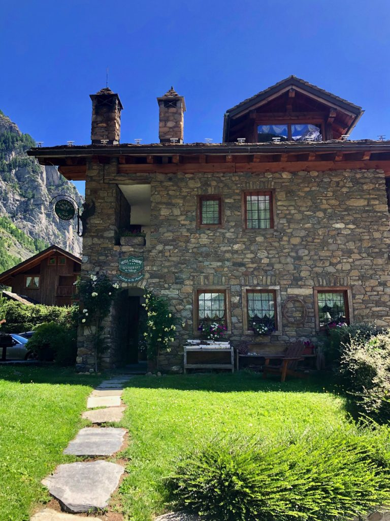 Weekened a Courmayeur: alloggiare all'Auberge de La Maison