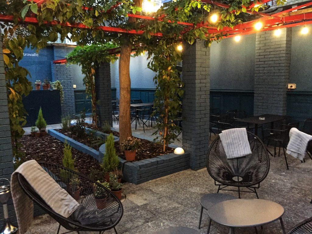 Nuove enoteche a Milano - Onest, il giardino