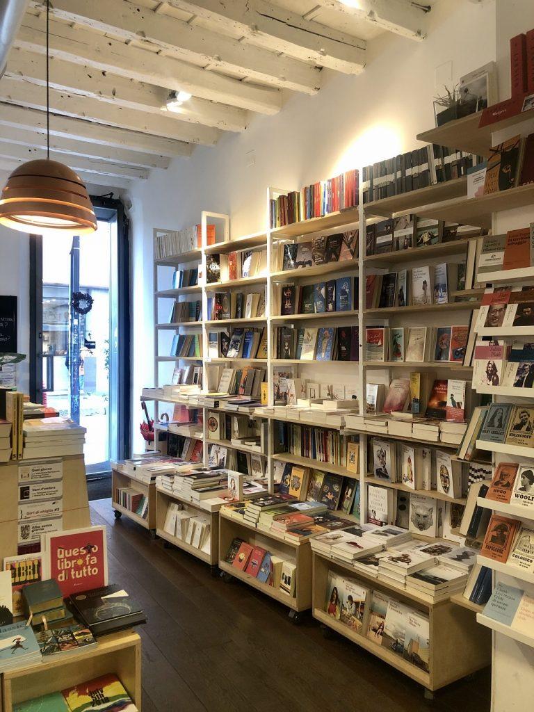 Librerie a Milano: Verso Libri