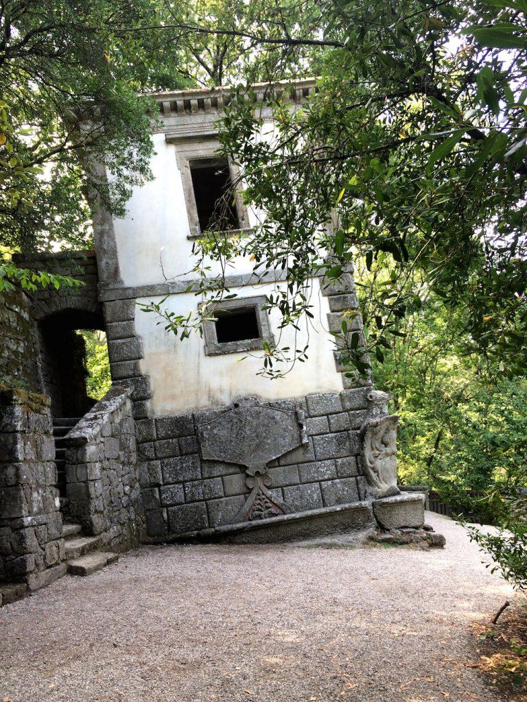 La Casa Pendente del Parco dei Mostri, Bomarzo