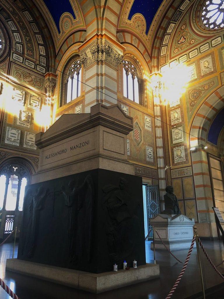 Tomba di Manzoni e Cattaneo