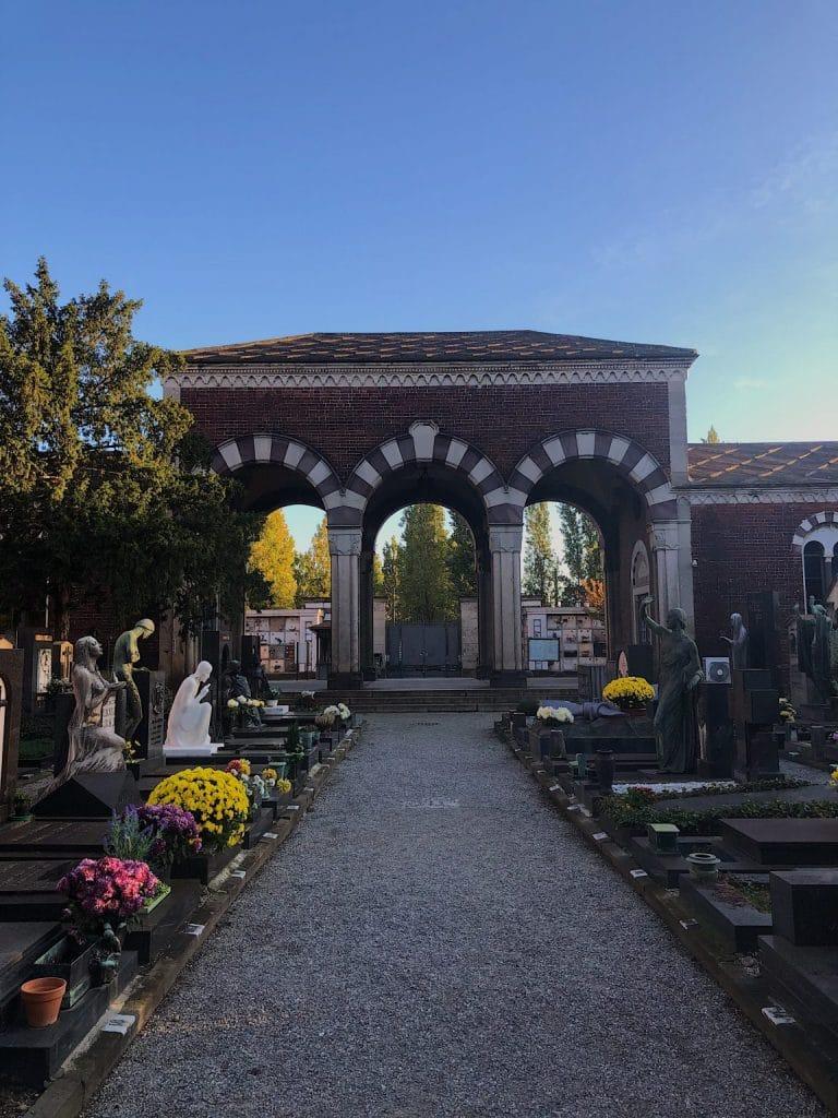 Parte della sezione acattolica del Cimitero Monumentale di Milano