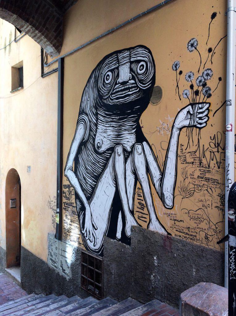 Umbria on the road: Perugia, murales in Via della Viola