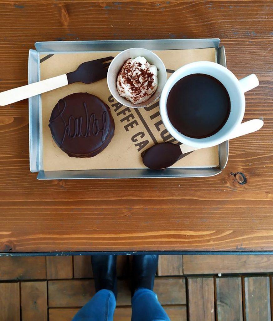 La cioccolata calda di Botega Caffé Cacao, Milano