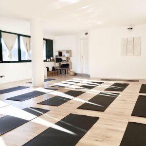 Yoga a casa: Dahlia Yoga Studio