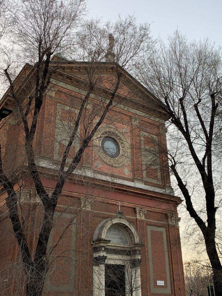 Passeggiata a Citylife: Chiesa delle Angeliche in via Buonarroti