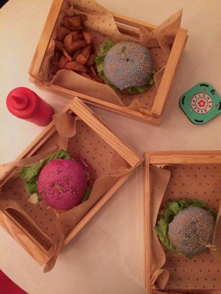 Mangiare vegetariano a Milano: Flower Burger