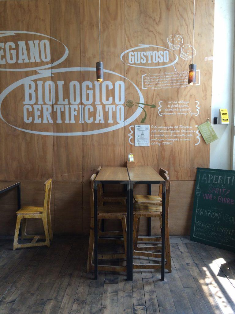 Mangiare vegetariano a Milano: Radicetonda