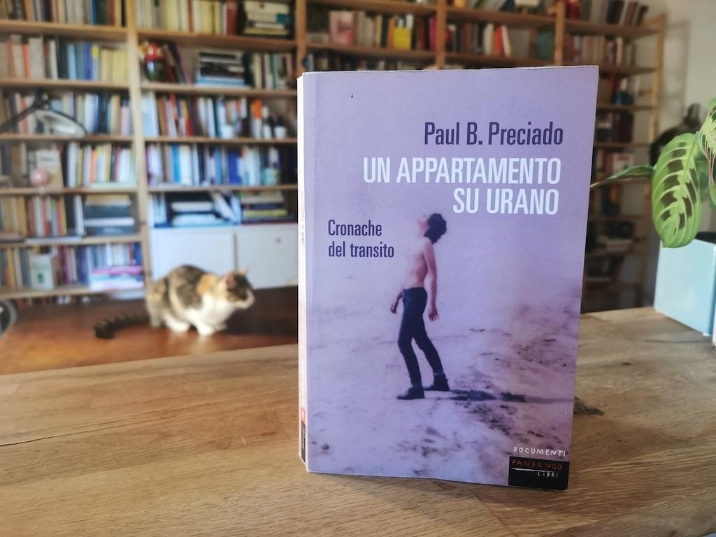 Libri LGBTQI: Un appartamento su Urano