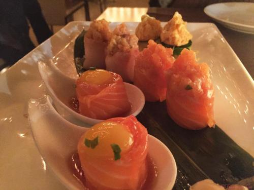Izu: sushi d'atmosfera