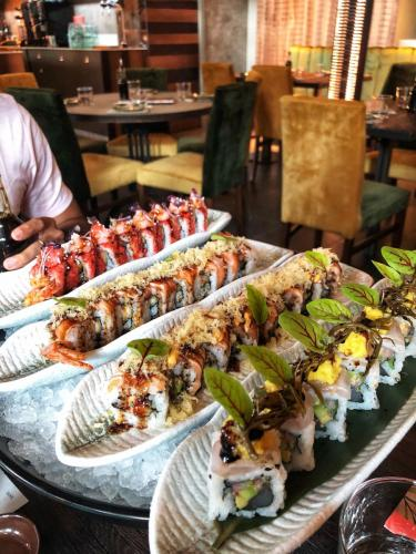 Nima Sushi: temakeria e uramakeria
